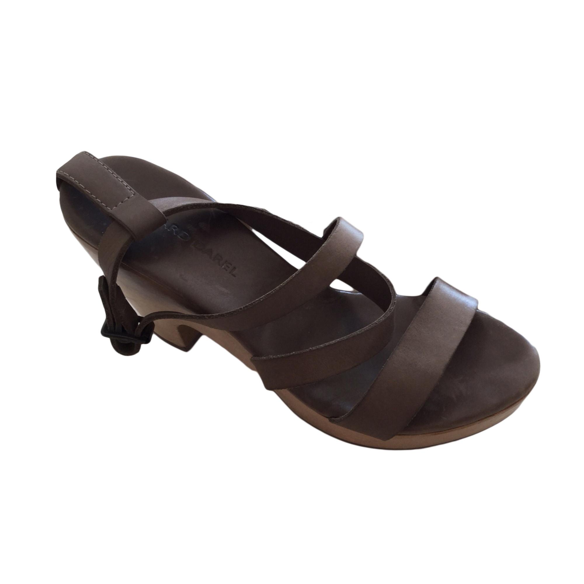 Sandales à talons GERARD DAREL Kaki