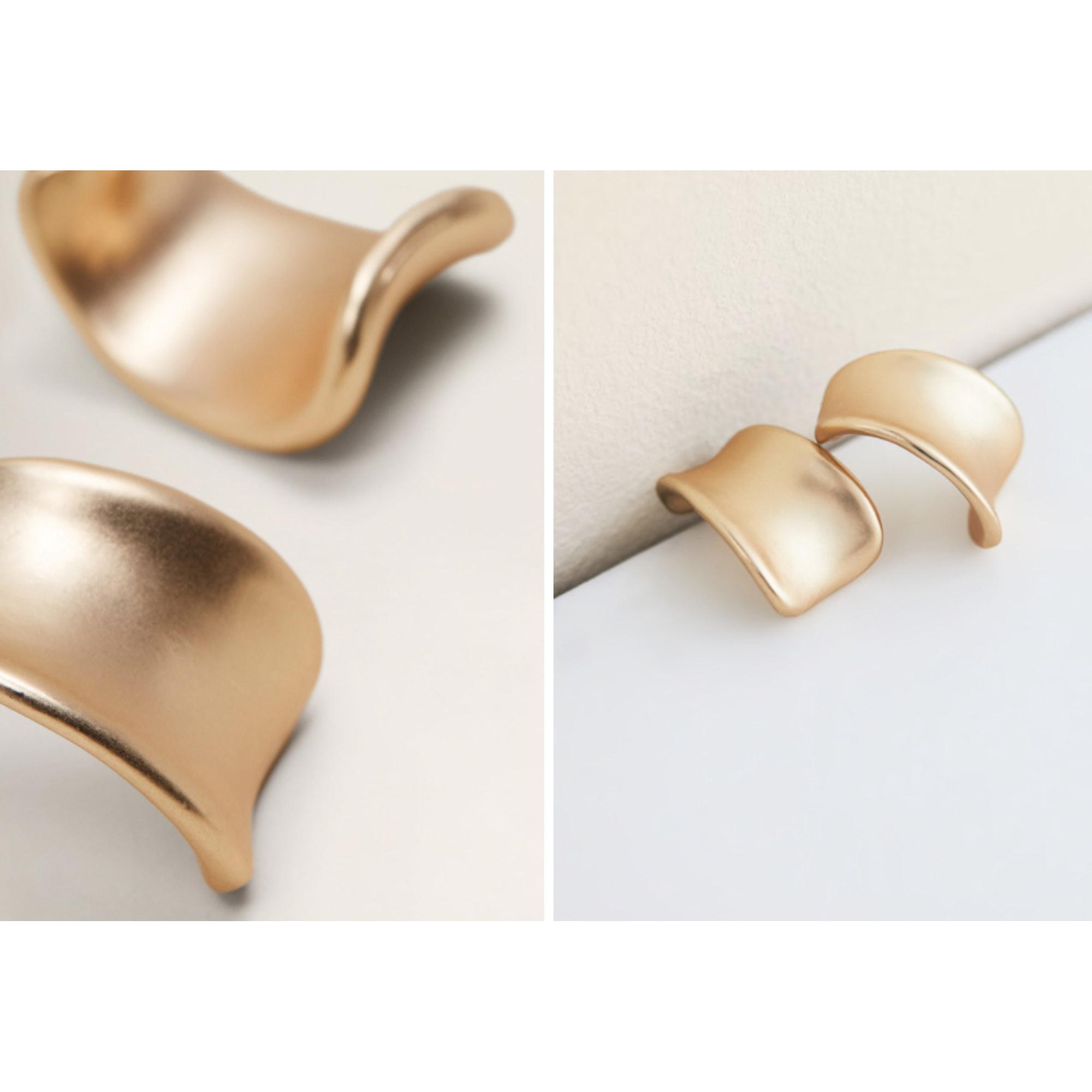 Boucles d'oreille MANGO Doré, bronze, cuivre