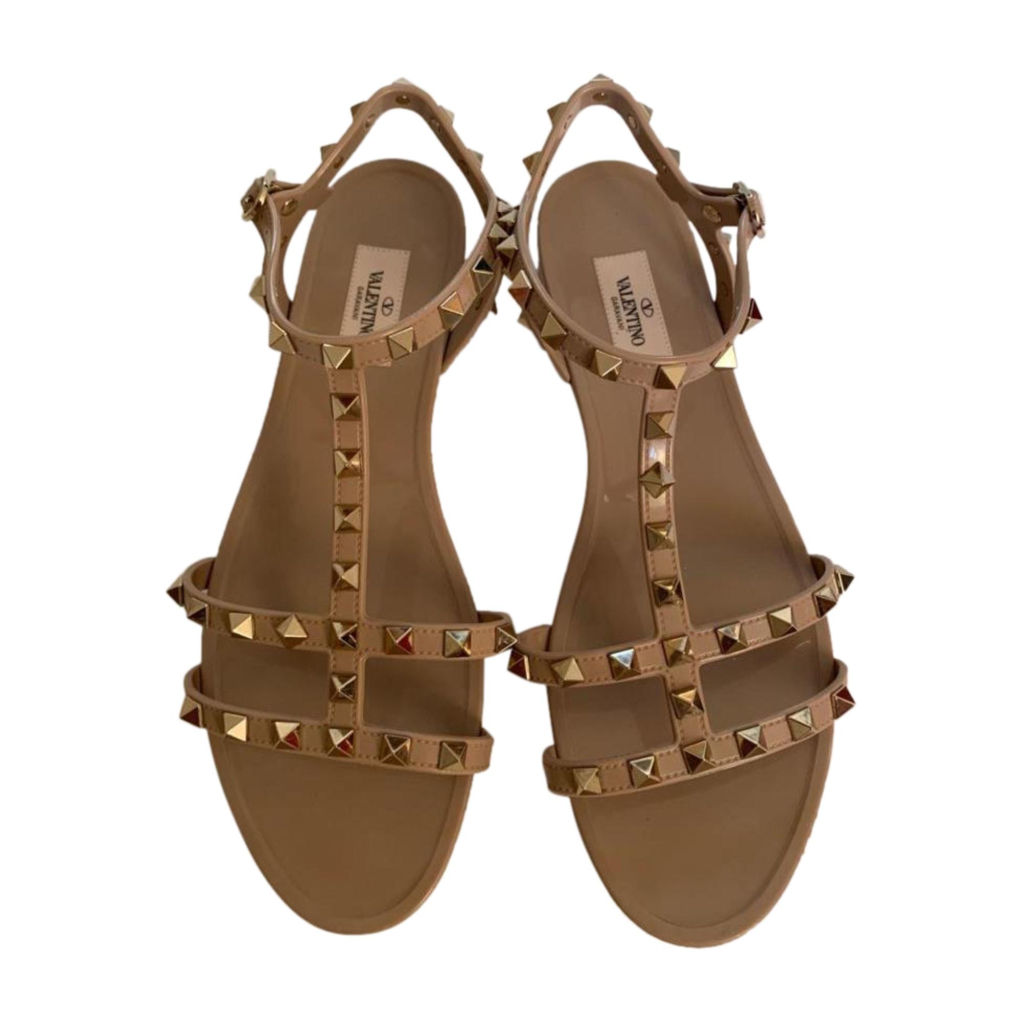 Sandales plates  VALENTINO Rockstud Beige, camel