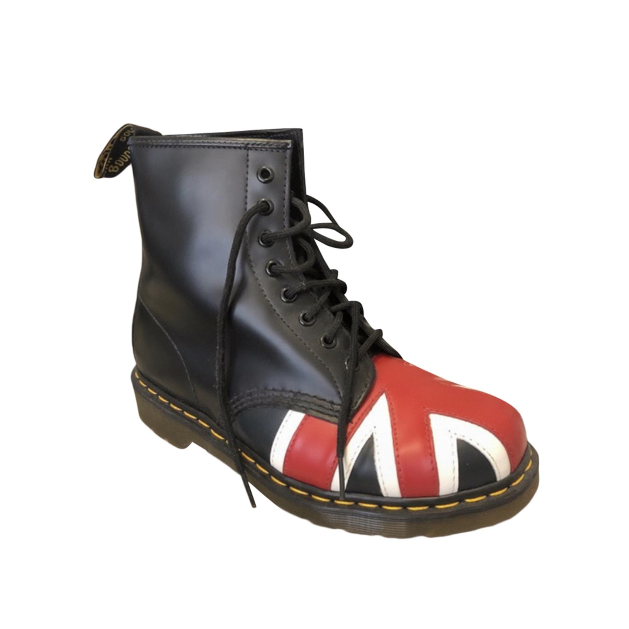 Recherche chaussures → Doc Martens. | Sims4Fr Communauté