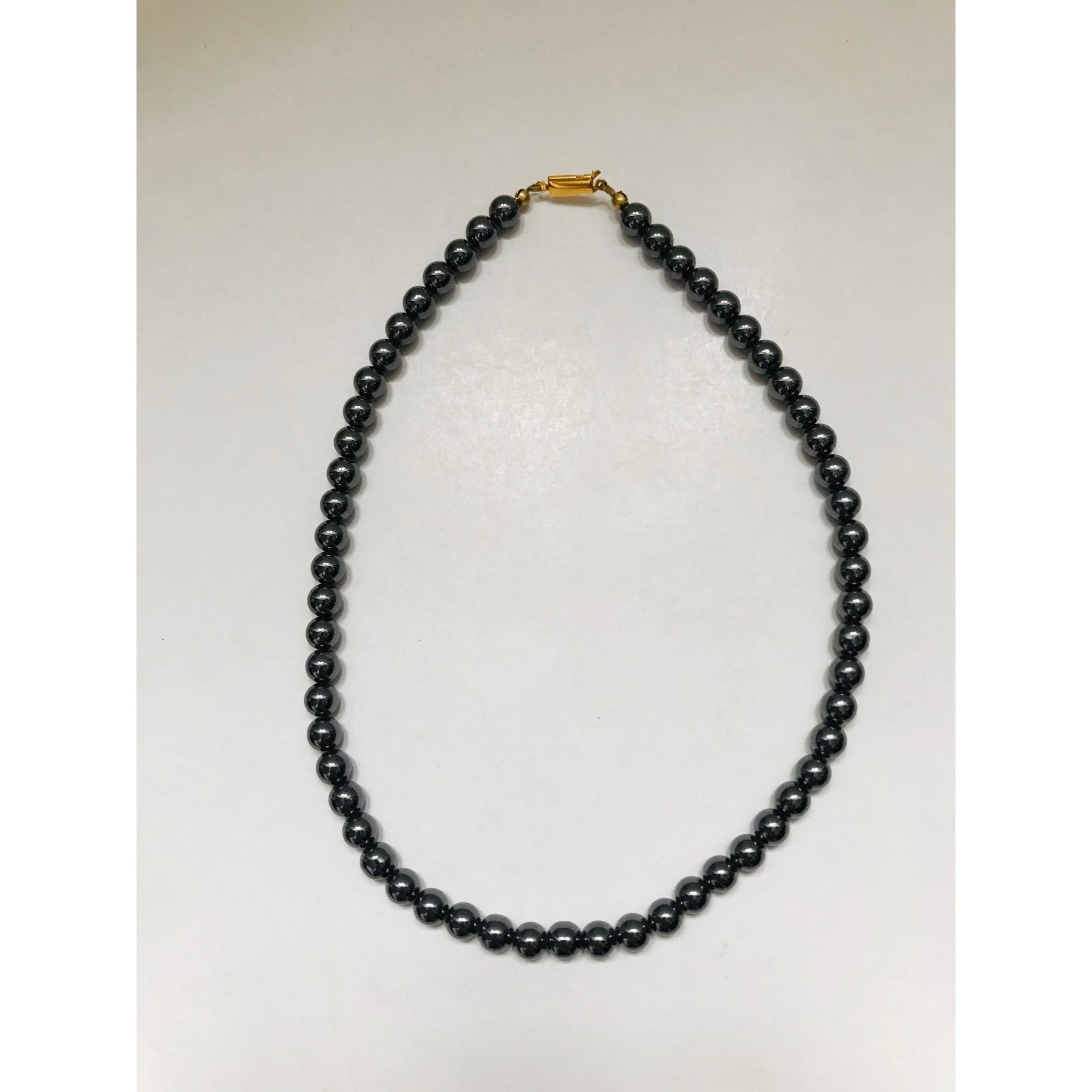 Collier FRANCE MINERAUX pierres noir