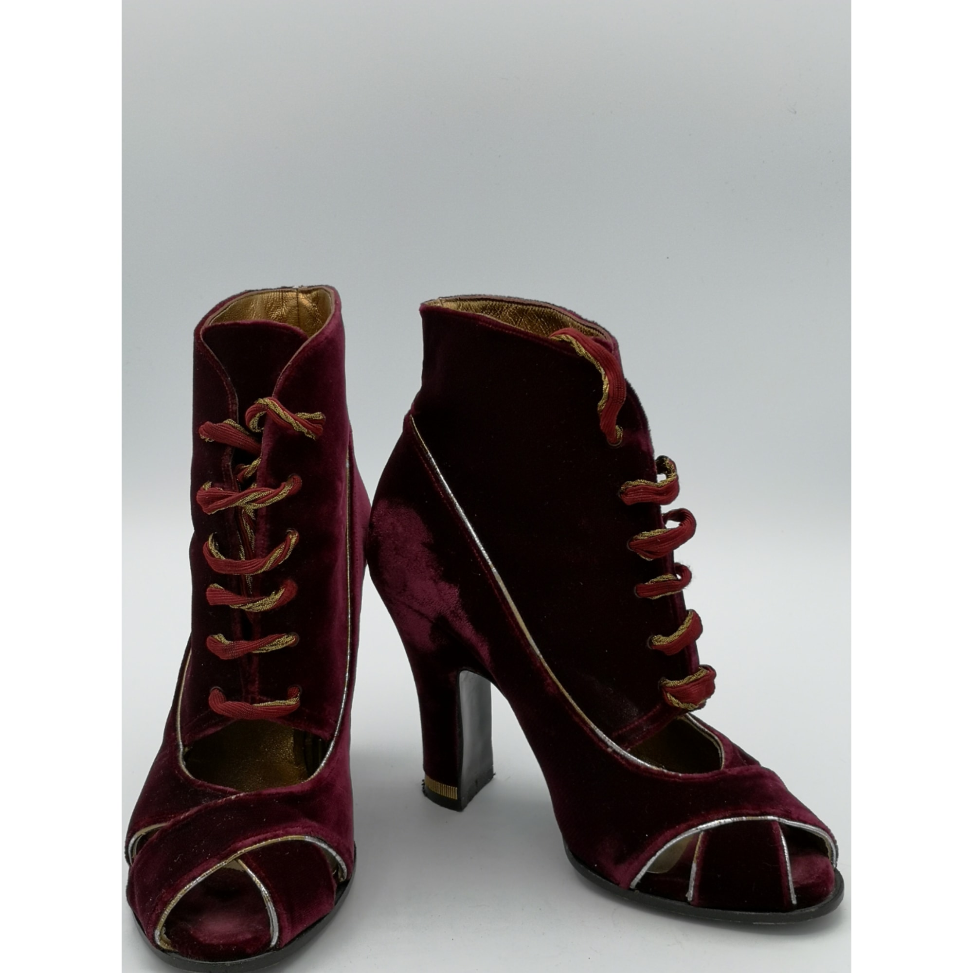 Bottines & low boots à talons CHARLES JOURDAN Rouge, bordeaux