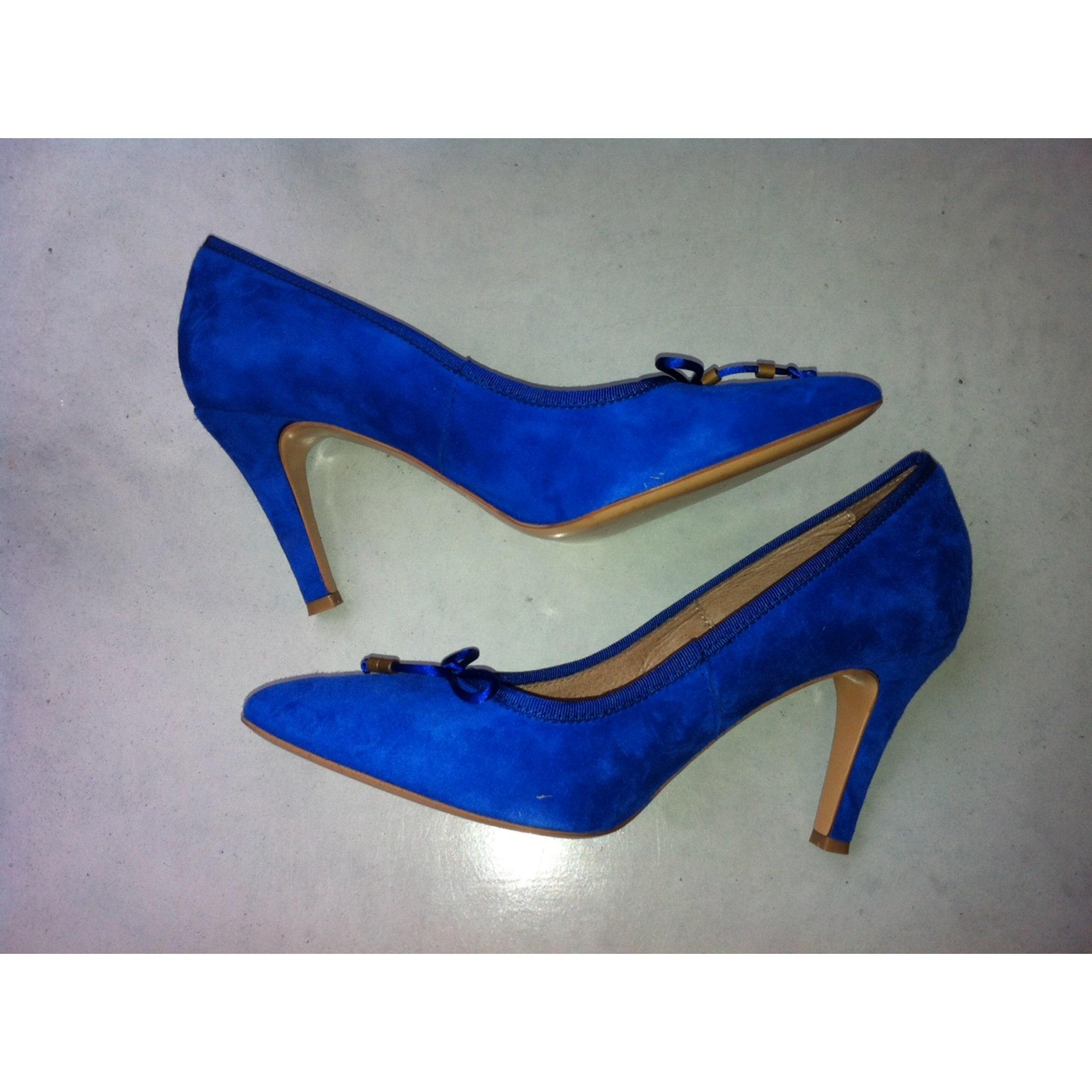 Escarpins bleu electrique
