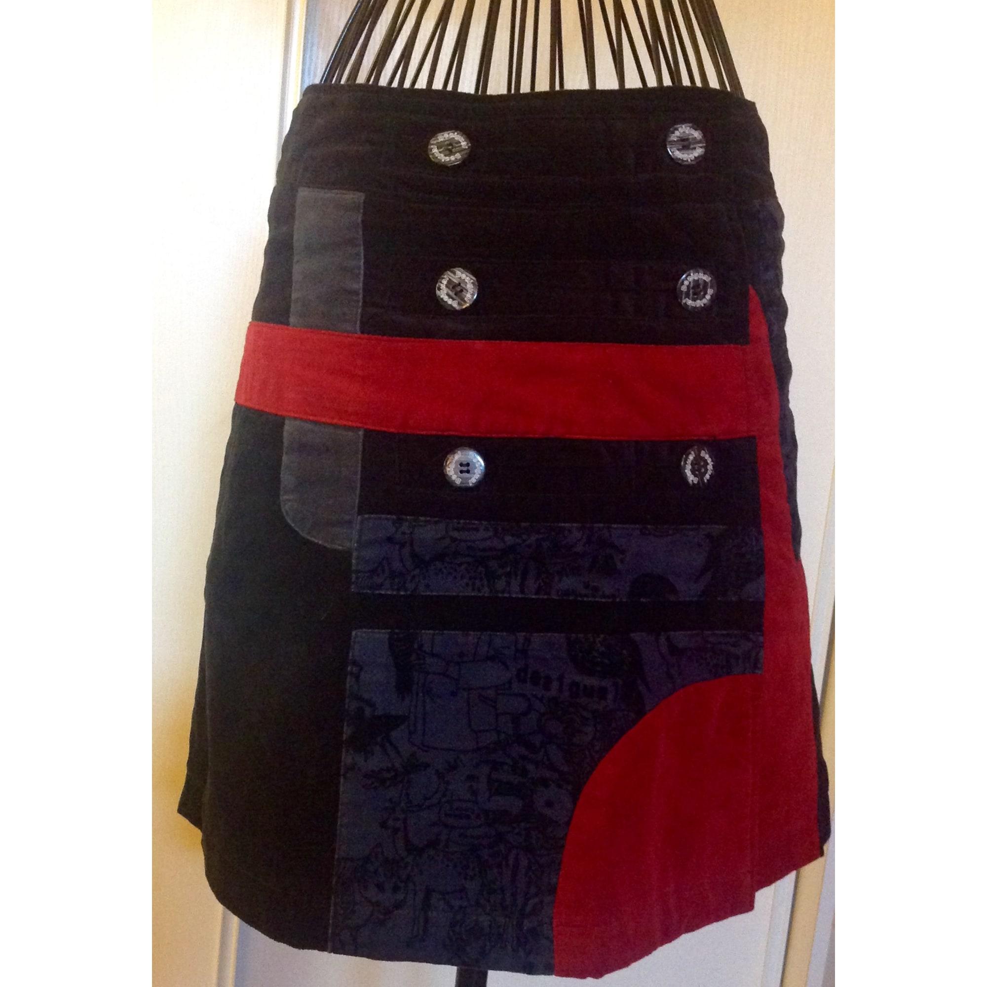 Jupe courte DESIGUAL rouge, noire et anthracite