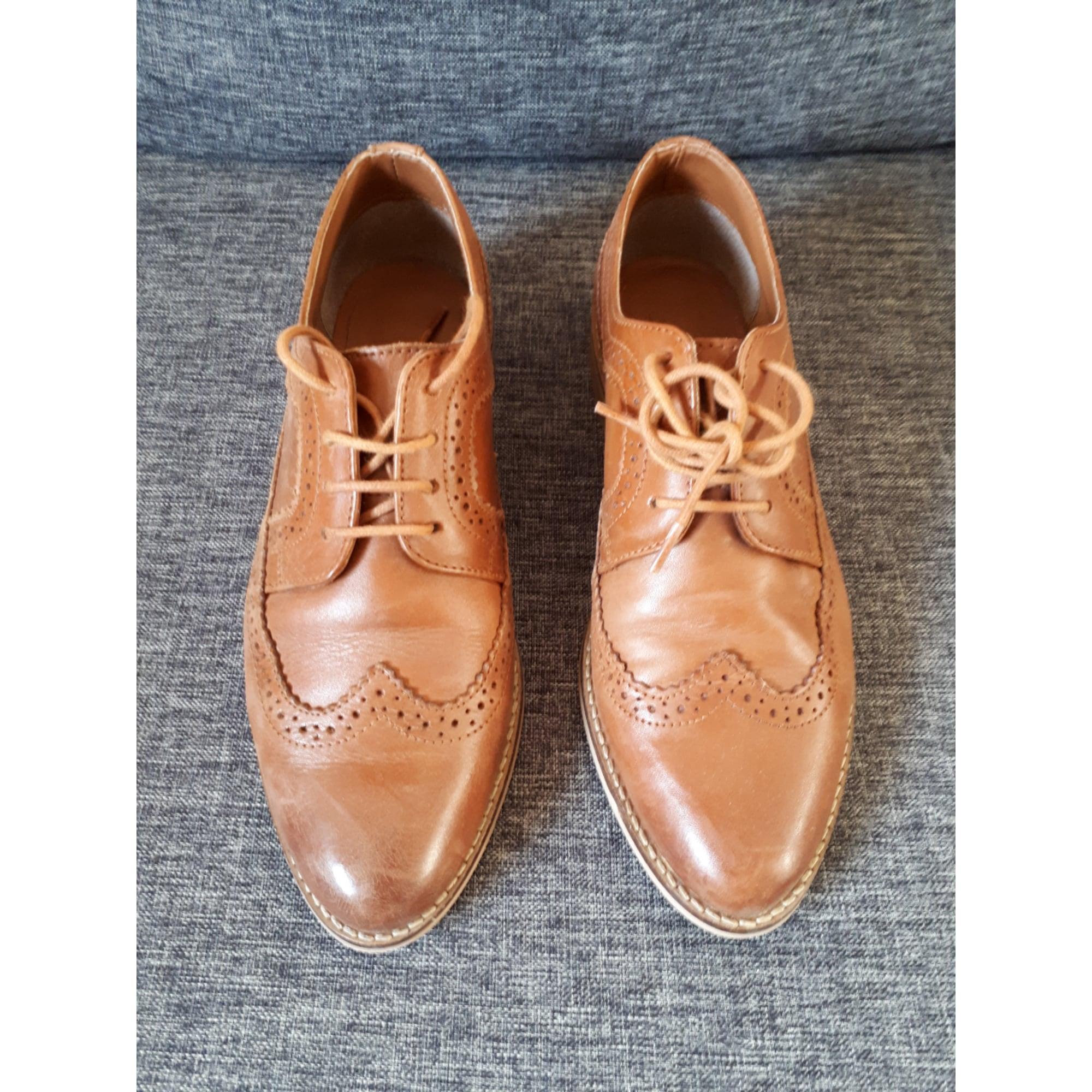 Chaussures à lacets  ASOS Beige, camel