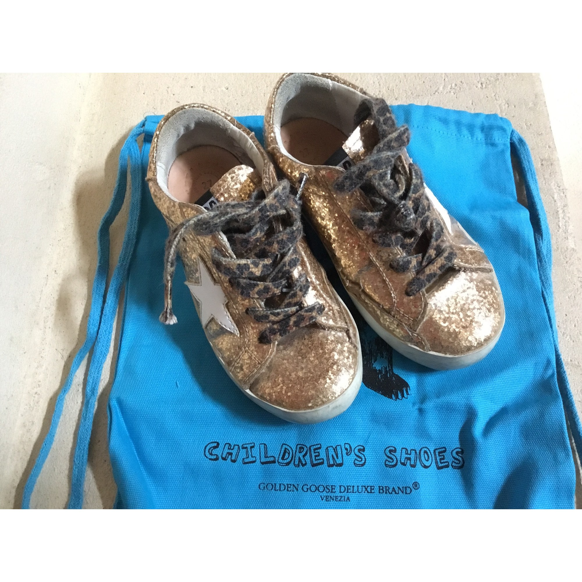 Baskets GOLDEN GOOSE Doré, bronze, cuivre