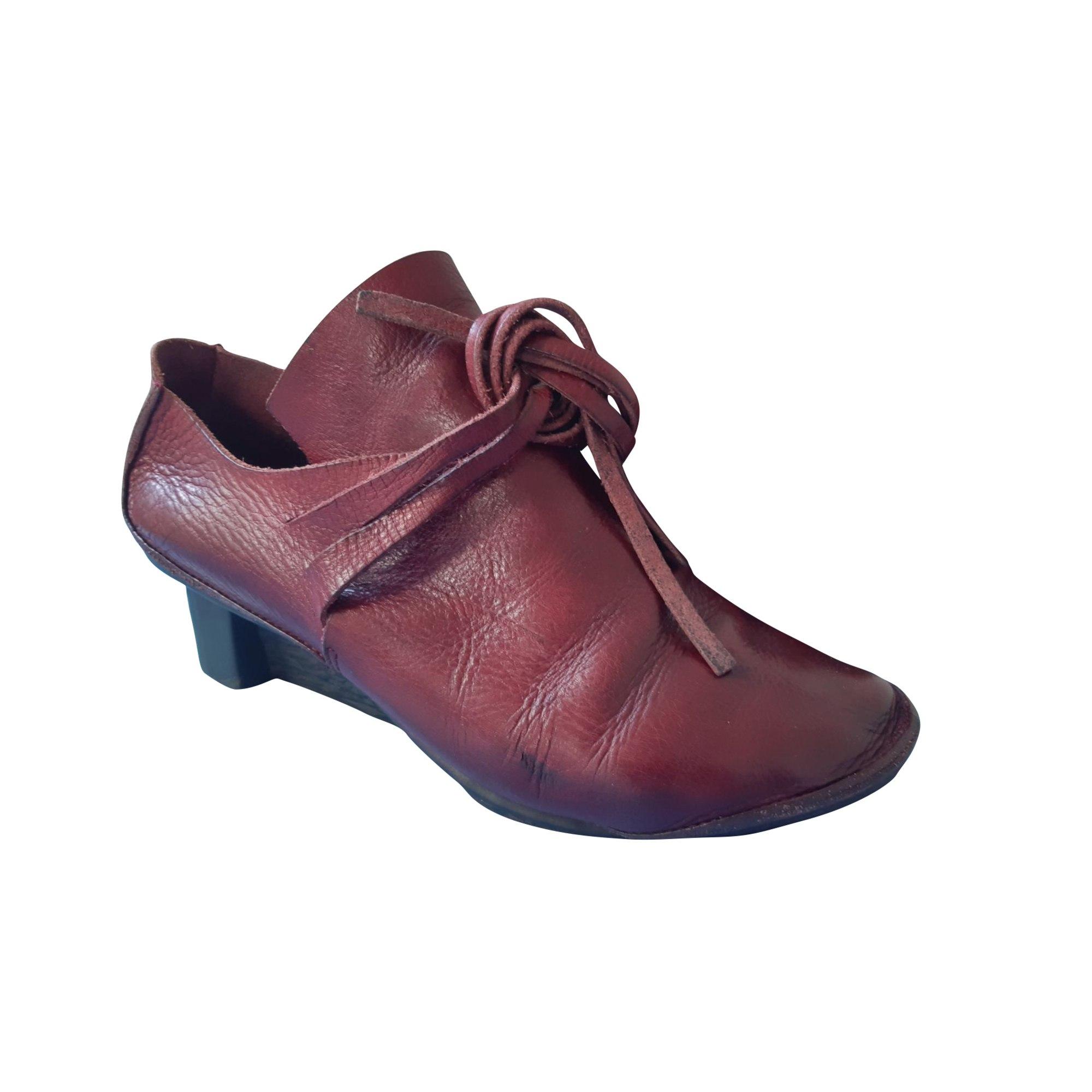 Chaussures à lacets  TRIPPEN Rouge, bordeaux