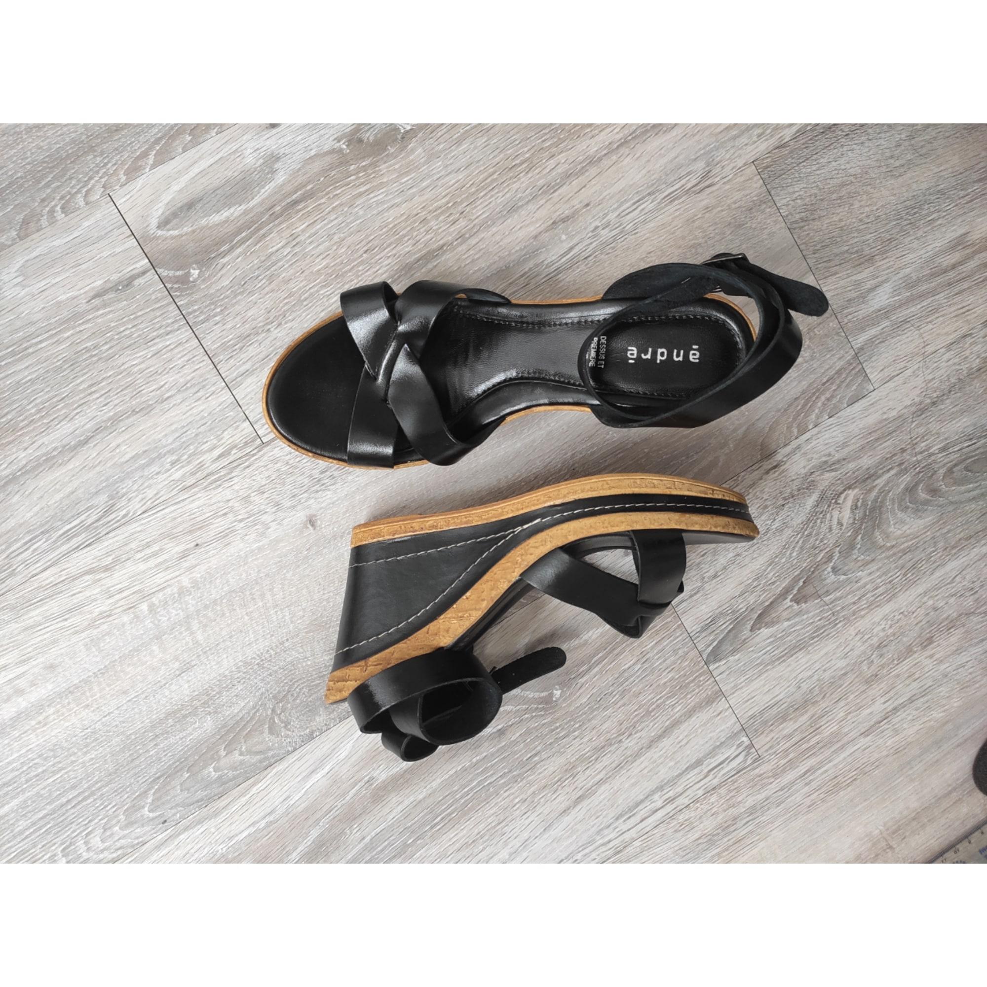 Sandales compensées ANDRÉ Noir