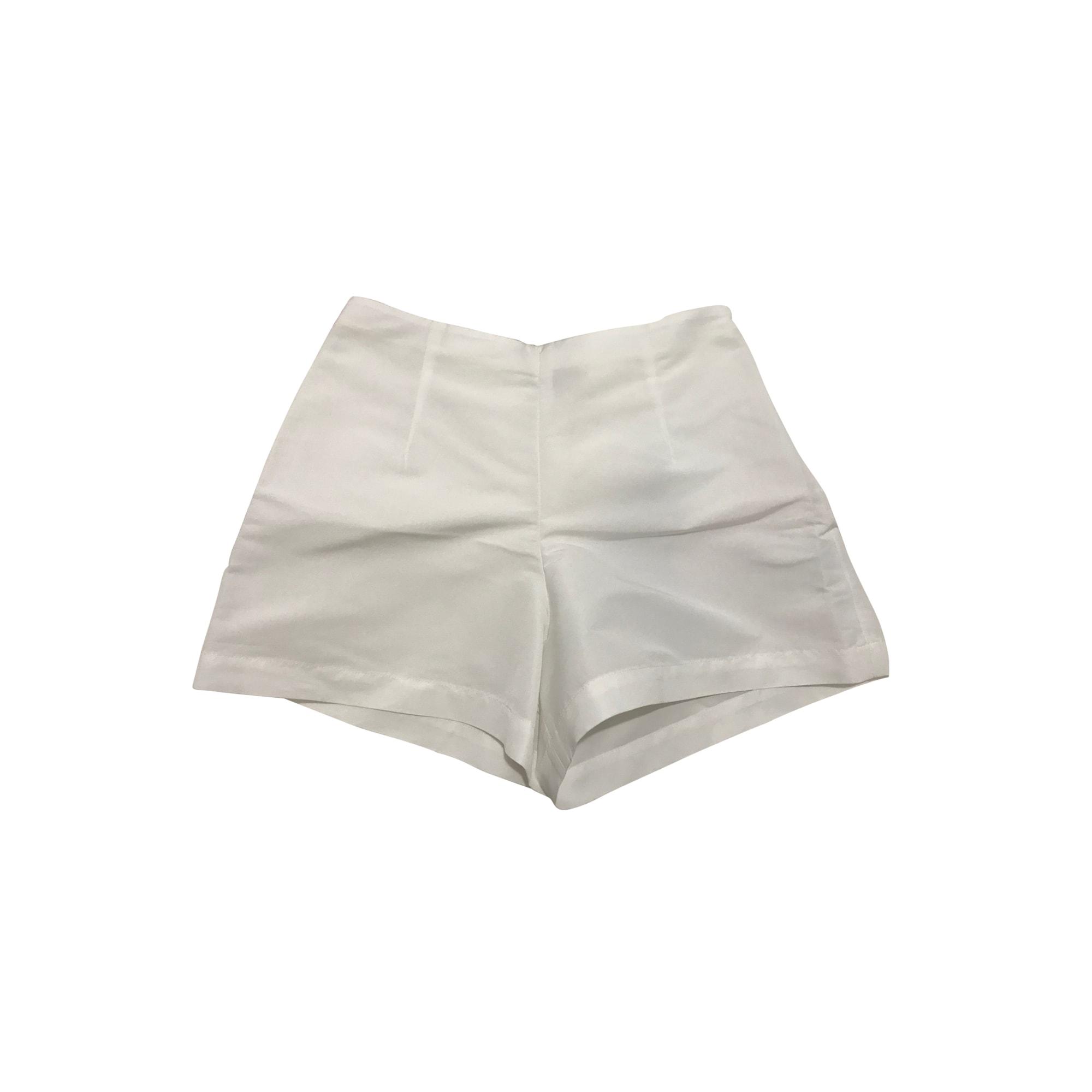 Short MONCLER Blanc, blanc cassé, écru