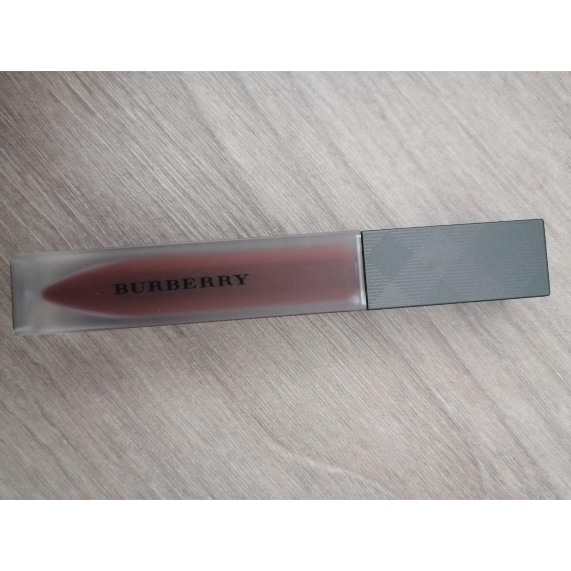 Rouge à lèvres BURBERRY black cherry