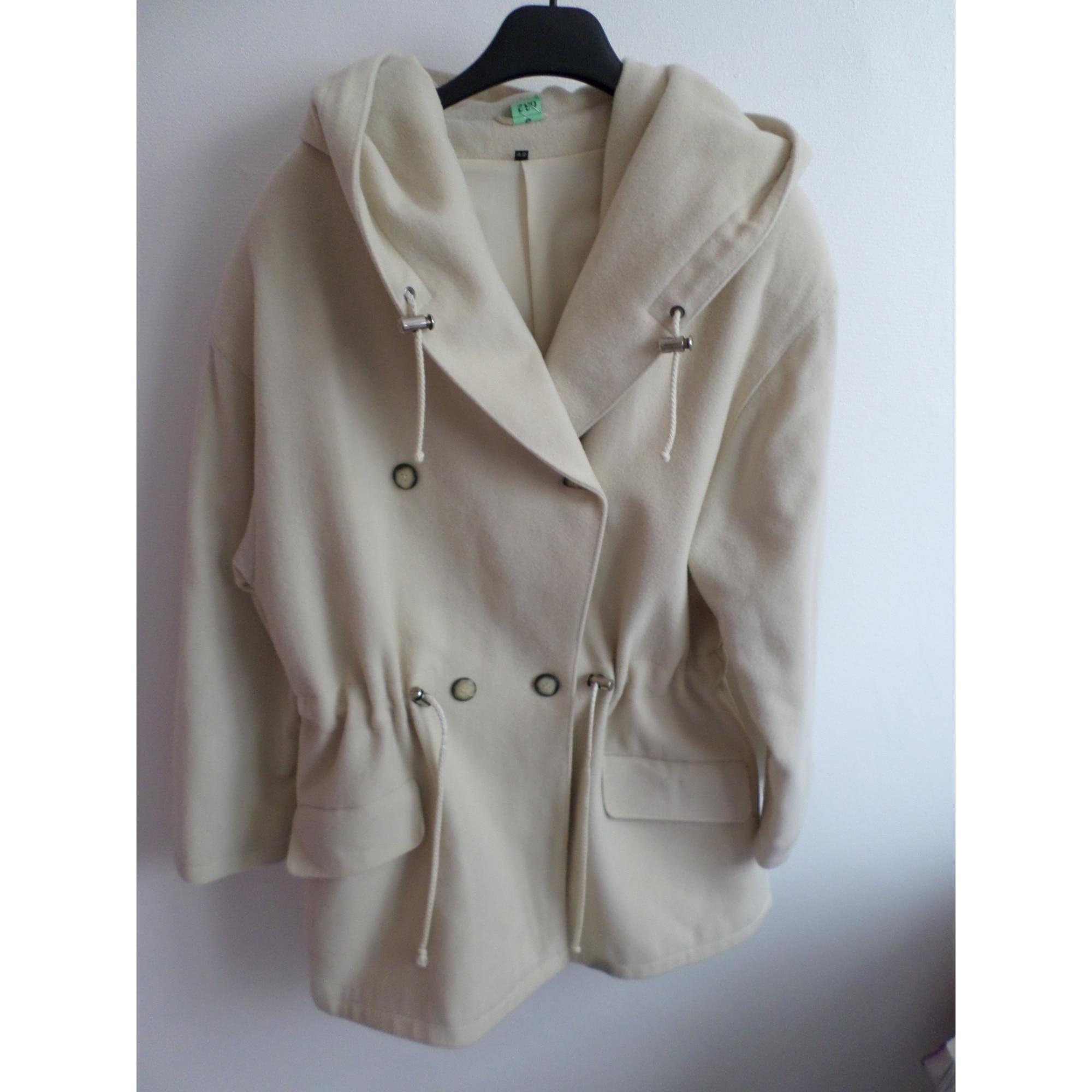 Manteau MARQUE INCONNUE Blanc, blanc cassé, écru