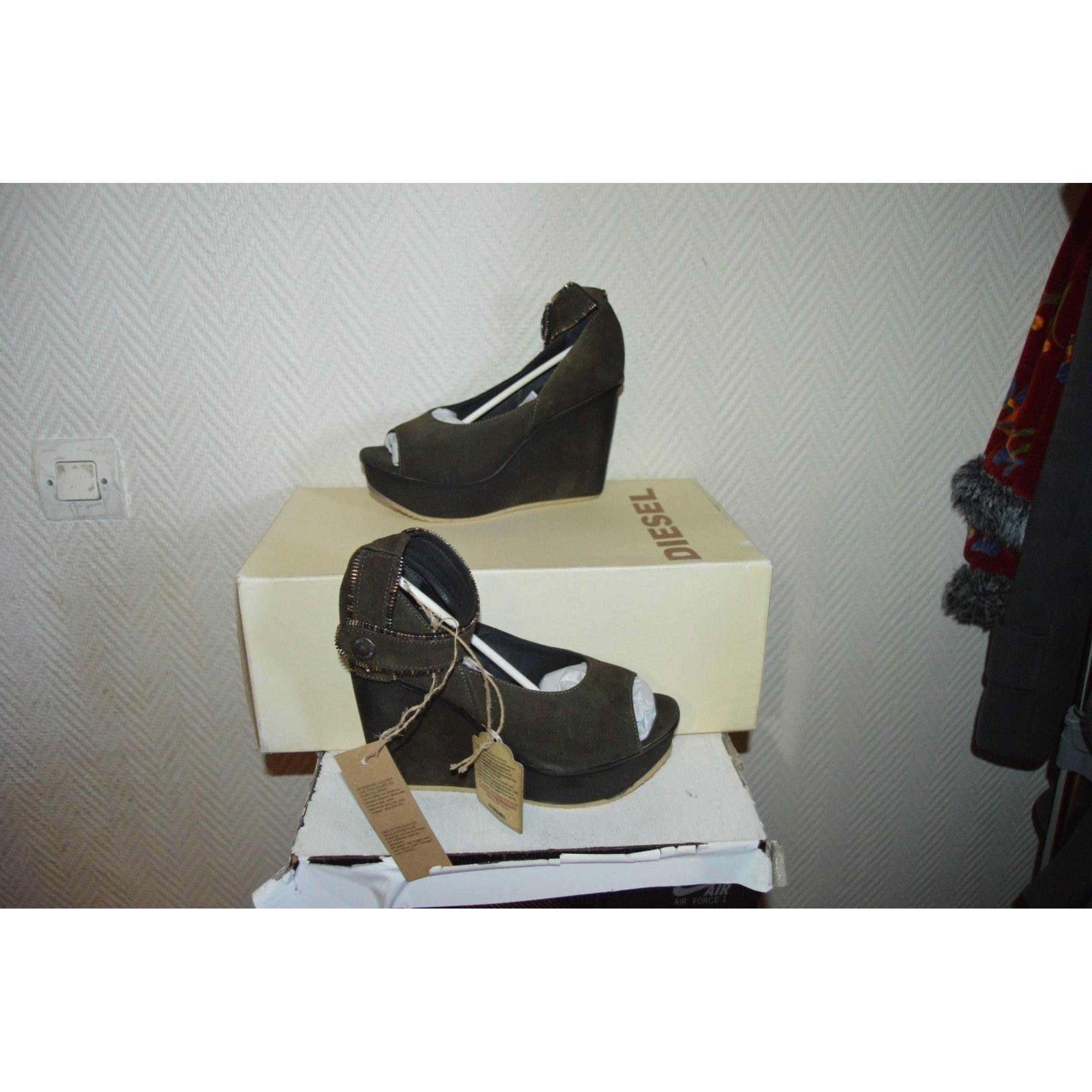 Sandales compensées DIESEL Vert