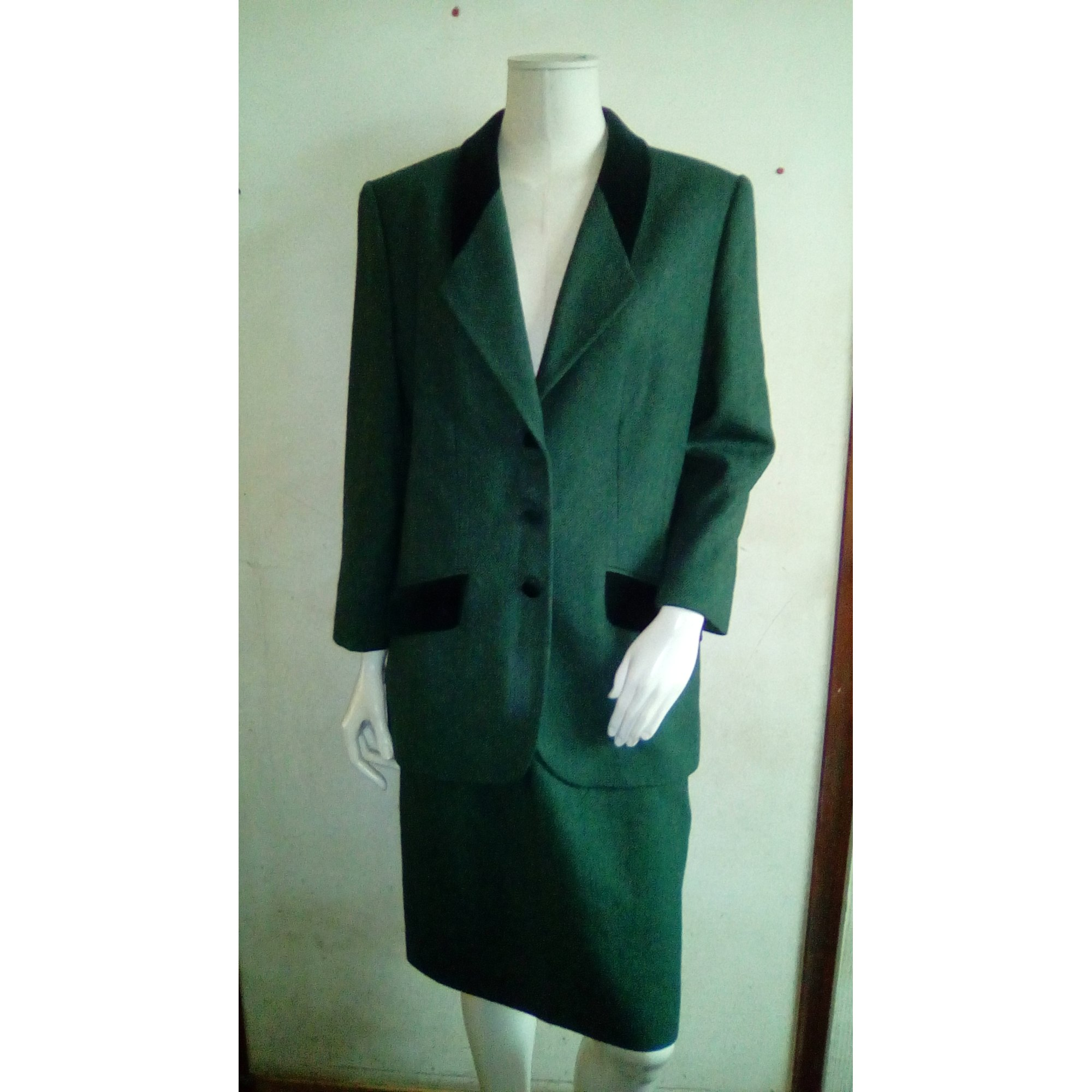 Tailleur jupe BOIDIN-HALLAU HAUTE COUTURE Vert