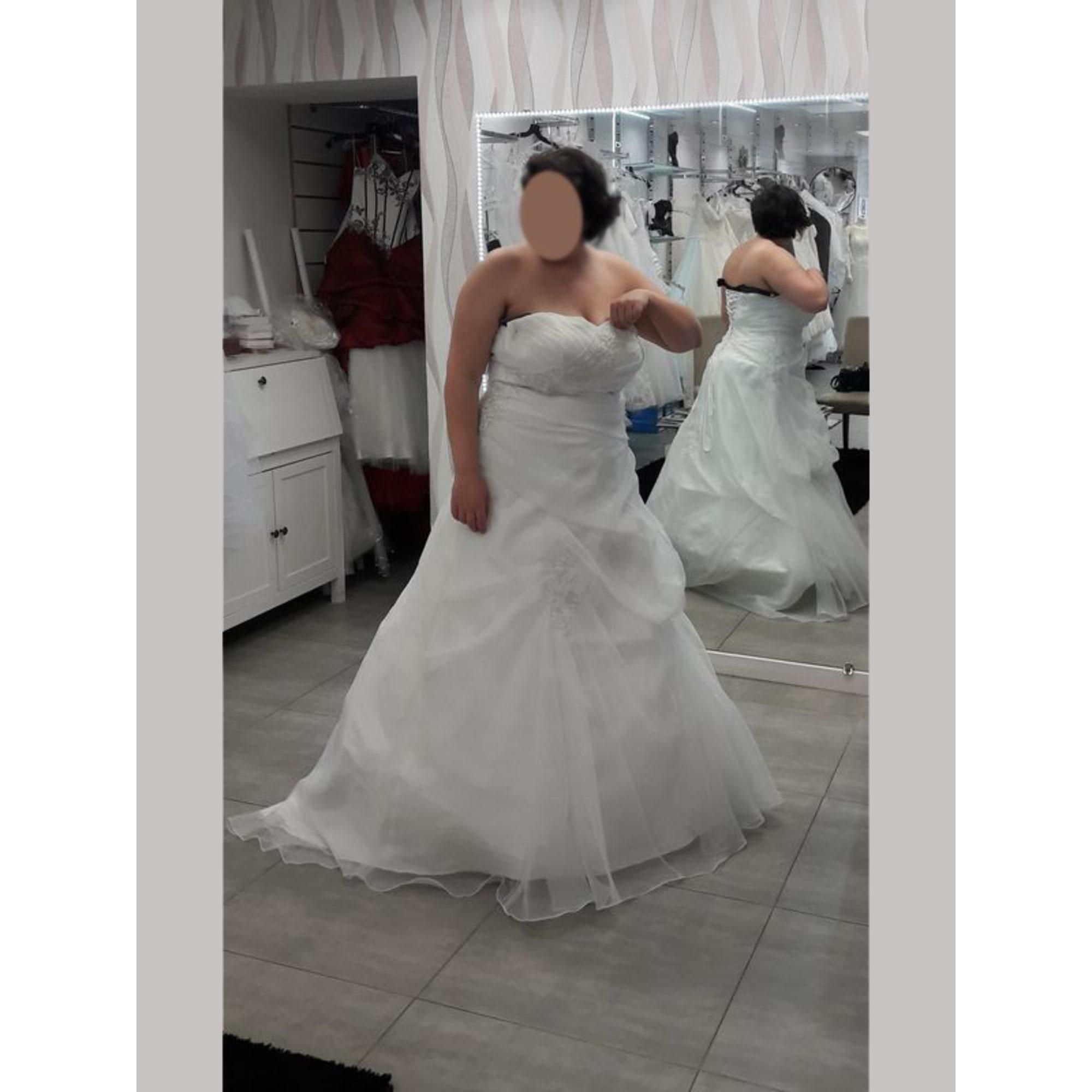 Robe de mariée NANA COUTURE 48 (XXXL) blanc