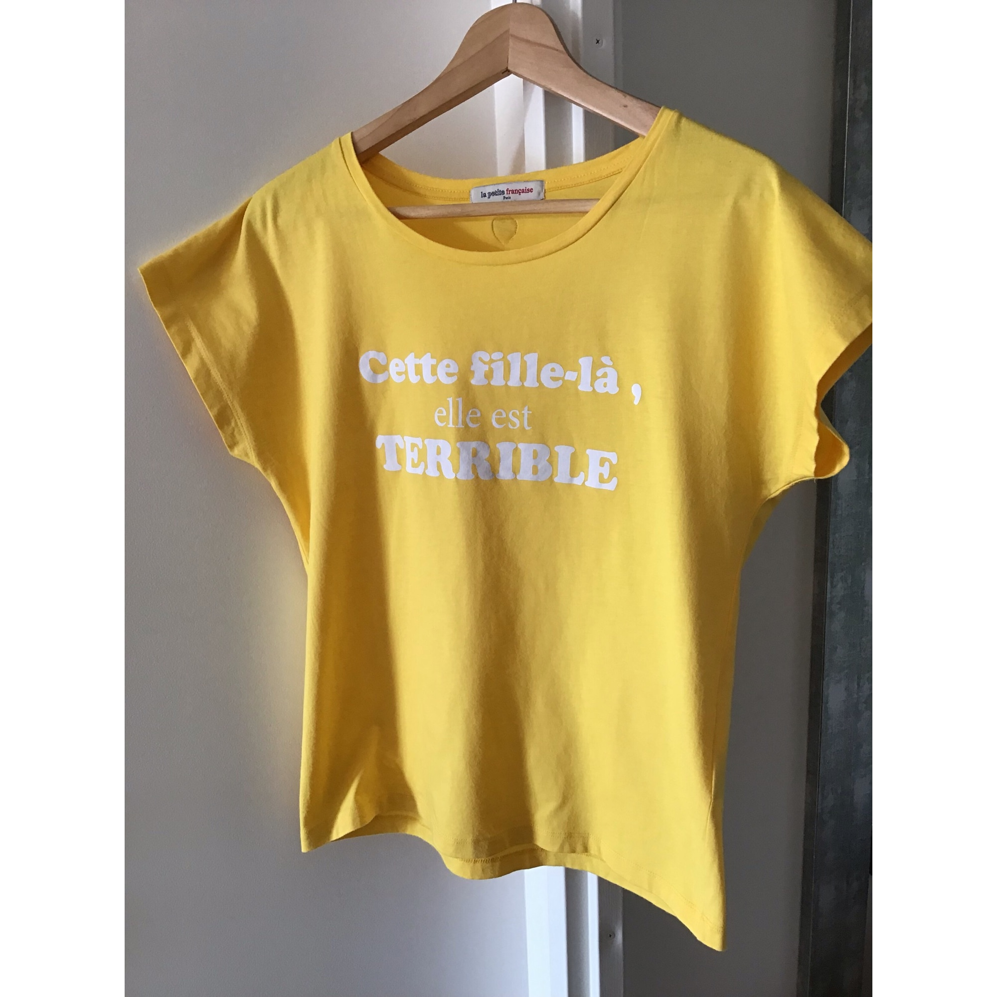 Top, tee-shirt LA PETITE FRANÇAISE Jaune