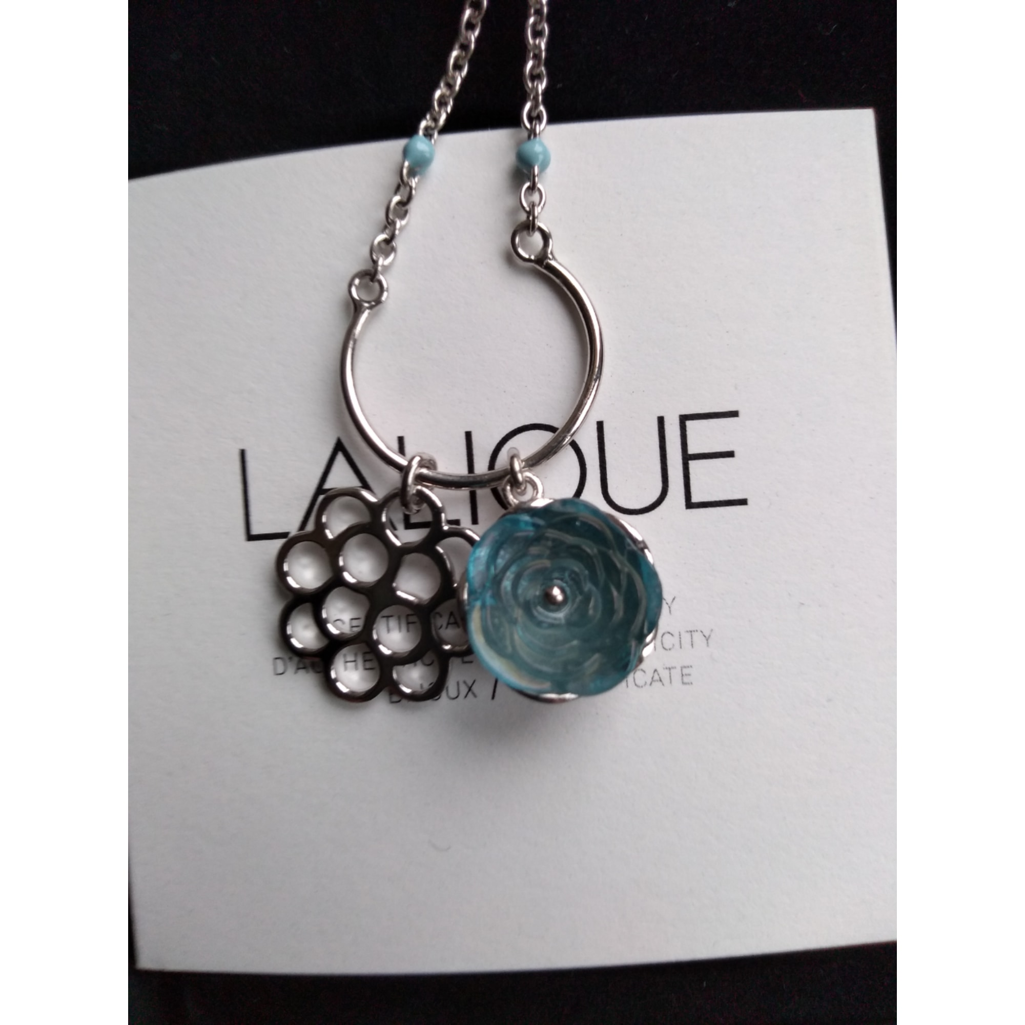 Pendentif, collier pendentif LALIQUE Bleu, bleu marine, bleu turquoise