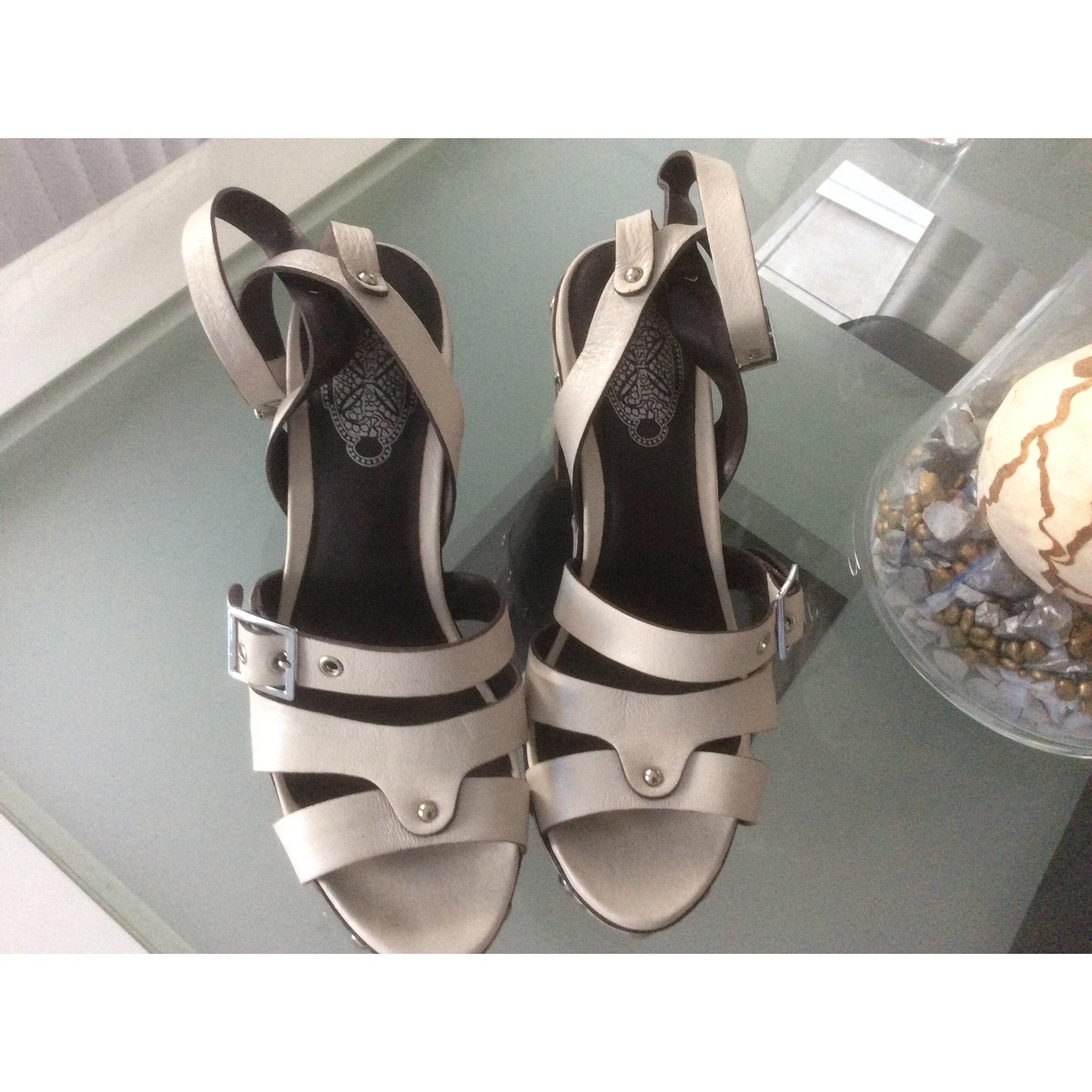 Sandales à talons KESSLORD Blanc, blanc cassé, écru
