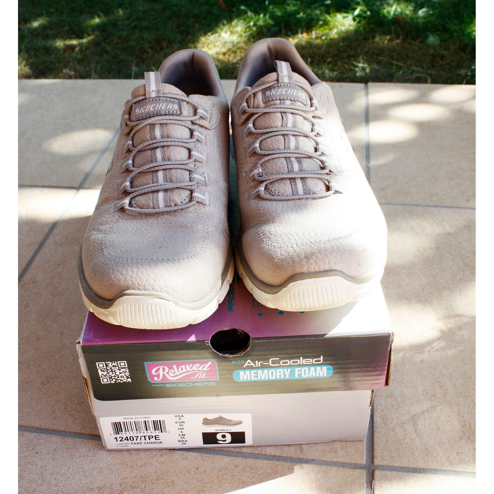 Chaussures de sport SKECHERS Beige, camel