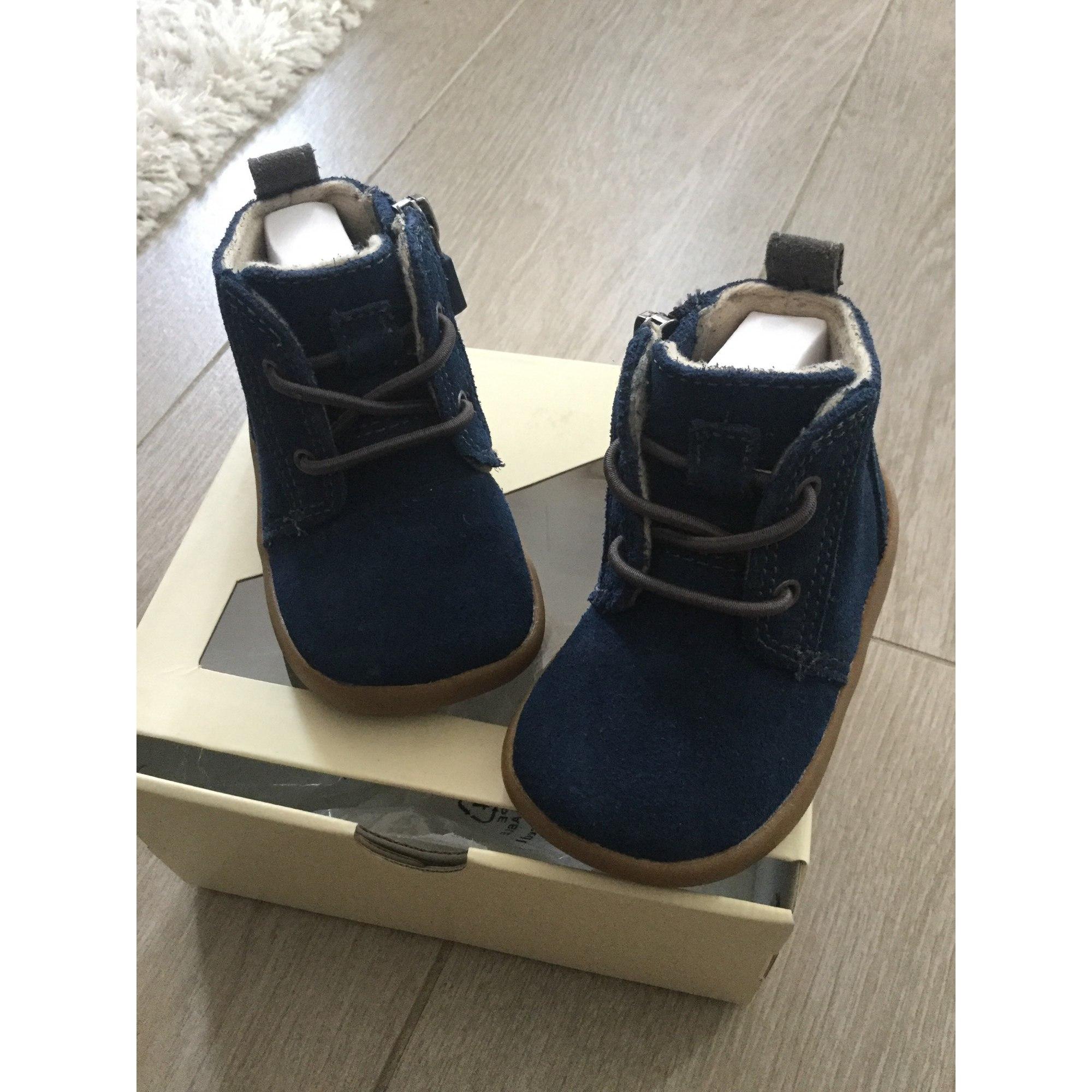 ugg bleu marine