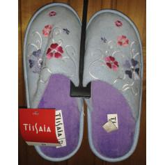 Chaussons & pantoufles Tissaia  pas cher