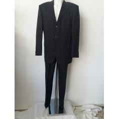 Costume complet Pierre Cardin  pas cher