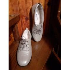 Chaussures à lacets  Damart  pas cher