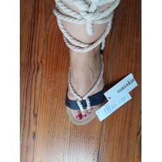 Sandales plates  Alain Manoukian  pas cher