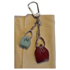 Porte-clés Louis Vuitton Noé pas cher
