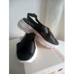 Sandales plates  Esprit  pas cher