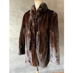 Manteau en fourrure A l'ours blanc  pas cher
