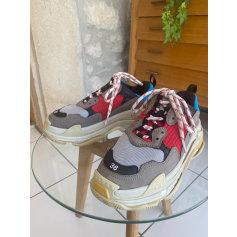 Baskets Balenciaga Triple S pas cher