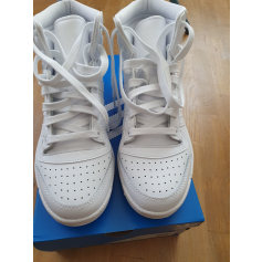 Baskets Adidas Continental pas cher