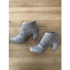 Bottines & low boots à talons Pas De Rouge  pas cher