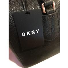 Lederhandtasche DKNY