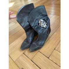 Santiags, bottines, low boots cowboy Charles Jourdan  pas cher