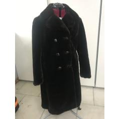 Manteau en fourrure création de luxe Paris  pas cher