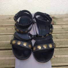 Sandales plates  Vic  pas cher