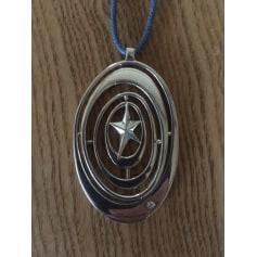 Pendentif, collier pendentif Thierry Mugler  pas cher
