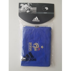 Schals Adidas