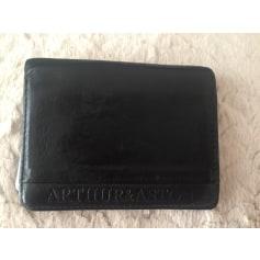 Kartenetui Arthur & Aston