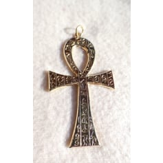 Pendentif, collier pendentif No Collection  pas cher