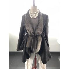 Blouson, veste en fourrure 1060 Clothes  pas cher