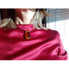 Pendentif, collier pendentif sans marque  pas cher