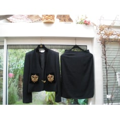 Tailleur jupe Givenchy  pas cher