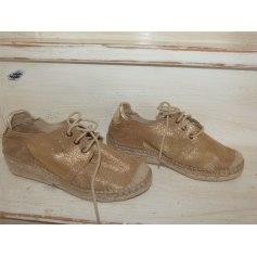 Chaussures à lacets  Paradoxale  pas cher