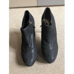 Bottines & low boots à talons Yves Saint Laurent  pas cher