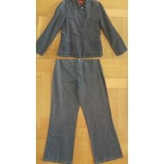 Tailleur pantalon Burberry  pas cher