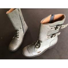 Santiags, bottines, low boots cowboy Kickers  pas cher
