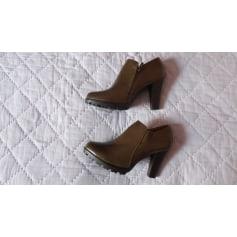 Bottines & low boots à talons Super Mode  pas cher