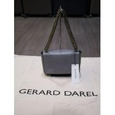 Sac à main en cuir Gerard Darel  pas cher